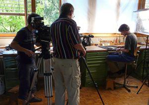 Das schweizerische Fernsehen filmt täglich