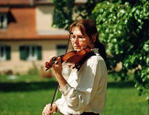 Geigenspiel im Park