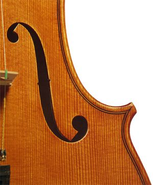Stradivari_Seite_vorn